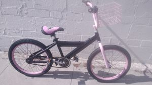 Pink/Black 20in Bike for Sale in South Gate, CA