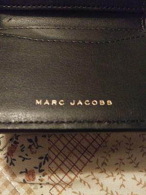 MARC JACOBS BLACK LEATHER WALLET for Sale in Fort Lauderdale, FL