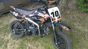 110cc dirt bike for Sale in Cleveland, OH