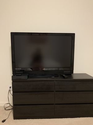 46 inch Vizio tv for Sale in Commerce City, CO