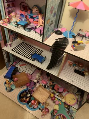 Lol suprise play house for Sale in Dearborn, MI