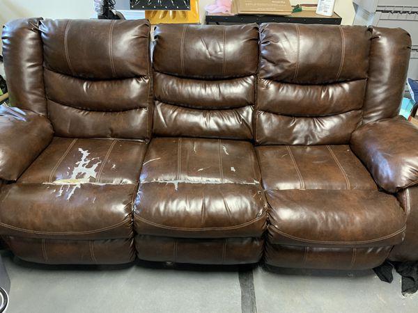 *free* Reclining sofa