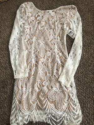 New Junior Medium Dress for Sale in Fullerton, CA