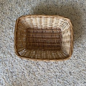 ‼️Rectangle Wicker Basket / Tray‼️ for Sale in Edgar, WI