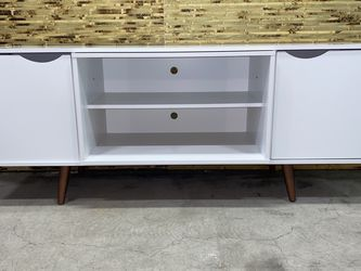Modern style white TV Stand for Sale in SeaTac,  WA