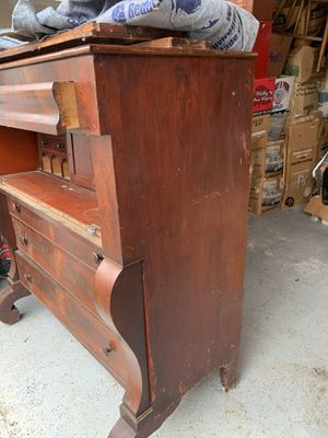 Antique dresser for Sale in DuPont, WA