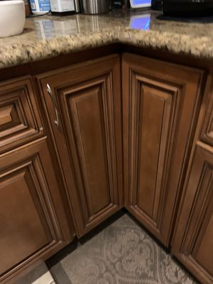 Kitchen cabinet LAZY Susan in perfect condition for Sale in Mission Viejo, CA