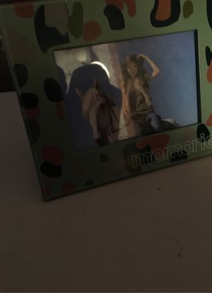 Memories photo frame for Sale in West Islip, NY
