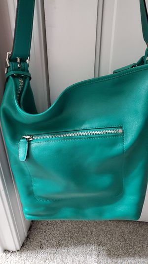 Hand bag for Sale in Conyers, GA