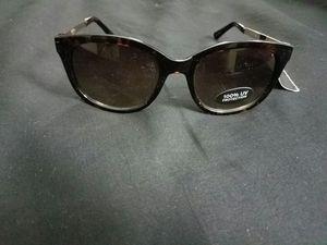 Nicole Miller Sunglasses for Sale in Phoenix, AZ