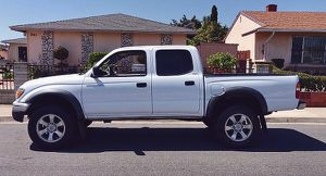 Clean Shape Toyota 2003 Tacoma for Sale in Las Vegas, NV