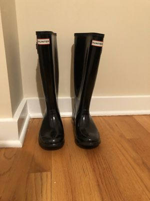 Black Tall Glossy Hunter Rain Boots Size 37 for Sale in Chatham Township, NJ