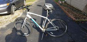 "Fuji Absolute 2.1, 19"" men's hybrid bike for Sale in Reynoldsburg, OH"