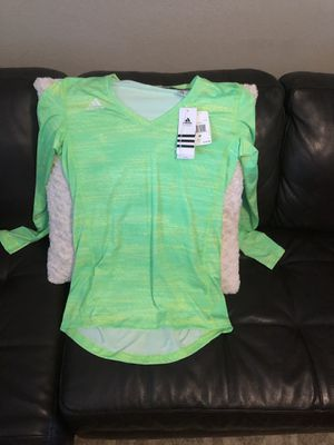 New! Adidas women's size M Climacool long sleeve top for Sale in Glendale, AZ