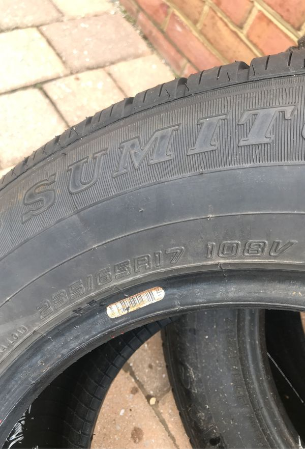 Lot of 2 Tires 235/65R17