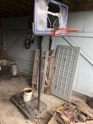 Free Basket ball hoop FREE for Sale in Gresham, OR