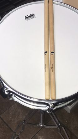 Yamaha Silver Steel Shell Drum & Stand (LIKE NEW WORKS GOOD‼️) for Sale in Yakima,  WA