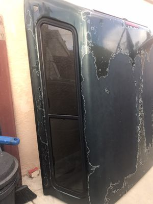 Toyota Tundra camp shell. L=78 W=70 Fixed Truck Bed L=77 W=69 for Sale in San Diego, CA