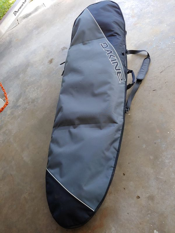 Dakine surf bag for surfboard