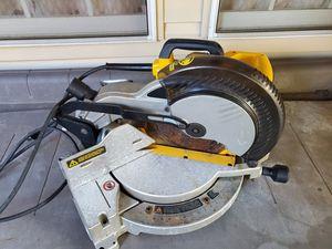 DeWalt 10in H/D Compound Mitre saw for Sale in Sully Station, VA