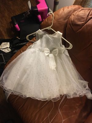 Easter/flower girls dress 3t for Sale in Raleigh, NC