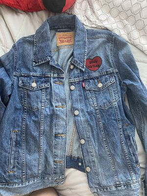 Levi's denim jacket for Sale in Grand Prairie, TX