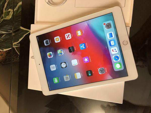 New Apple iPad Wi-Fi + Cellular LTE 32GB - Silver 2019
