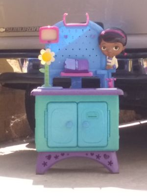 Doc McStuffins for Sale in Moreno Valley, CA