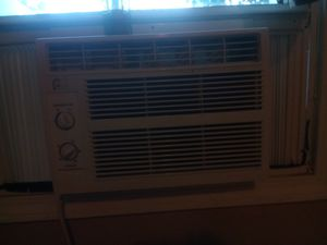 Air conditioner for Sale in Quincy, IL