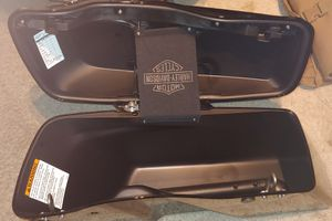 Harley Davidson Street Glide saddlebags for Sale in Costa Mesa, CA