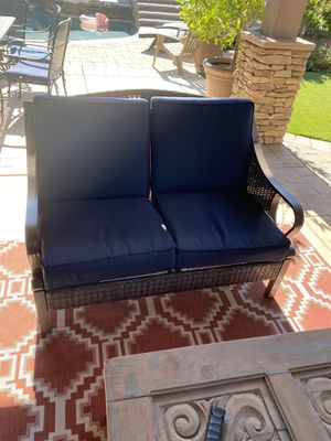 Couch, two chairs and coffee table for Sale in Yucaipa, CA