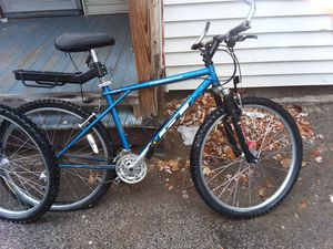 GT timberline mountain bike for Sale in Manchester, NH