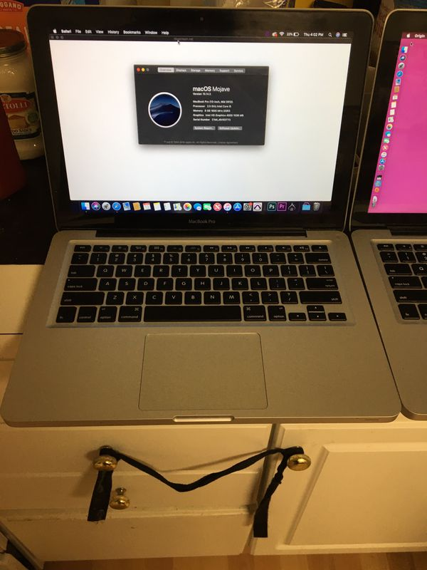 2for1 MacBook 8gb 13inch screen