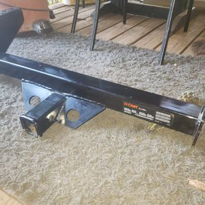 Tow Hitch For 00-06 Toyota Tundra/4Runner for Sale in Foresthill, CA