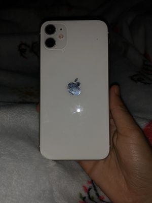 iPhone 11 for Sale in Chino, CA