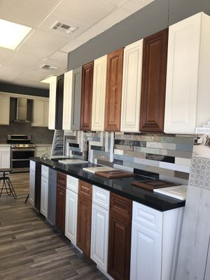 CABINET- FLOORING - AIR CONDITIONING - APPLIANCES for Sale in Santa Ana, CA
