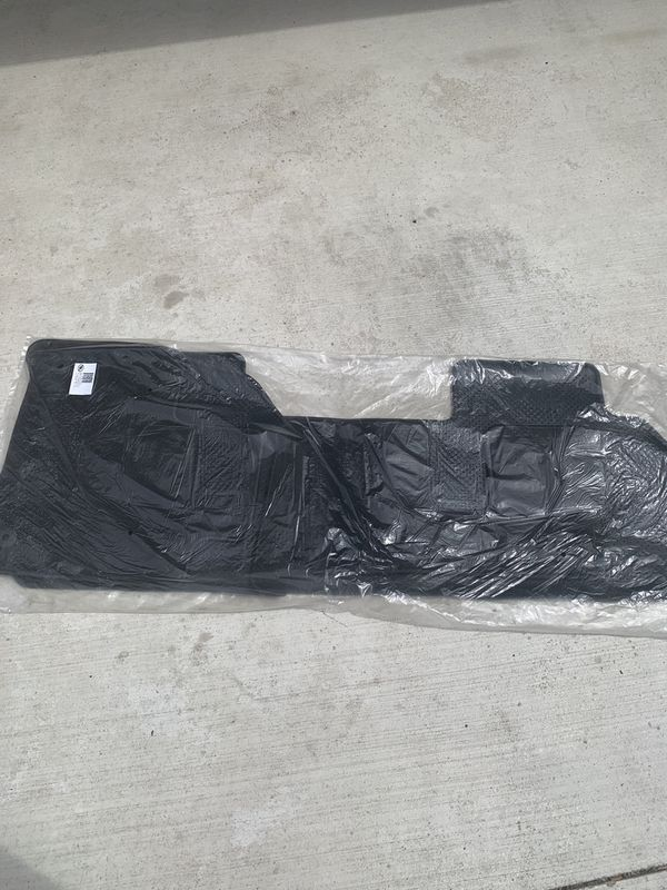 Gm floor mats