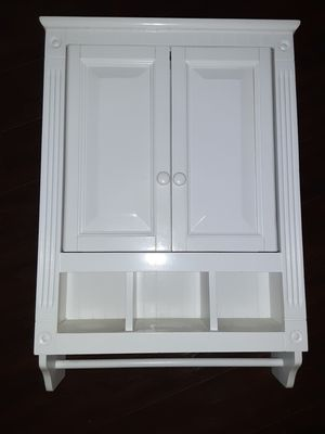 Beautiful Bathroom Cabinet for Sale in Lake Stevens, WA