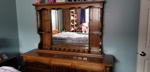 Etched Stanley furniture dresser with mirror for Sale in Issaquah, WA