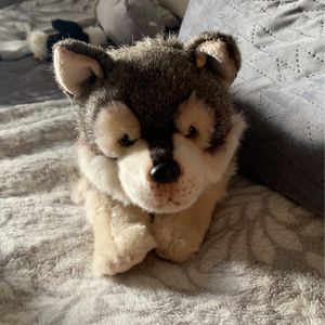wolf plushie for Sale in Manteca, CA