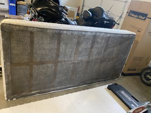 Twin XL box spring for Sale in Snohomish, WA