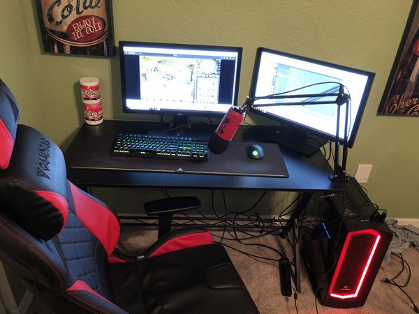 Gaming setup, comes with everything in the pictures.