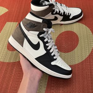 Jordan 1 Mocha for Sale in Cary, NC