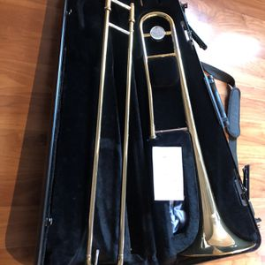 Beautiful Yamaha YSL-200AD Trombone Condition like new for Sale in Fremont, CA