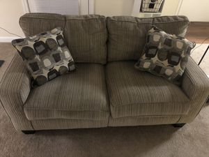 Brown loveseat for Sale in Cary, NC