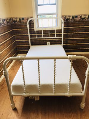 Metal bed frame with gel infused memory foam mattress-twin for Sale in Mount Pleasant, PA