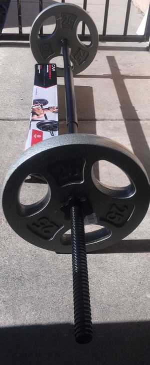 Weights 5ft straight bar or curl bar with a set of 25lb plates for Sale in Covina, CA