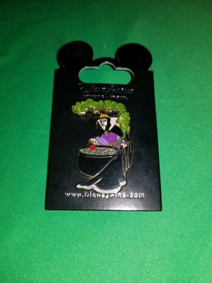 "Disney Pins ""The Evil Queen"" for Sale in Beaumont, CA"