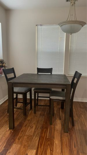 Kitchen table for Sale in Austin, TX