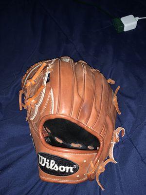 A2k Wilson lefty baseball glove for Sale in Temecula, CA